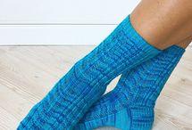 Tricoter des chaussettes et des gants