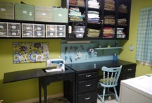 Craft Rooms / Organizing great craft and sewing rooms / by Freemotion by the River