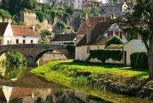 - Village -