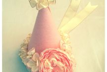 Handmade Birthday Party Hats / Beautiful handmade birthday party hats, with the utmost attention to detail. For girls or boys, you choose the theme and colors.