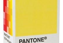 Pantone / by Esther Piekaar