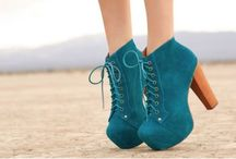 Botas / zapatos / etc