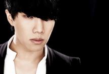 SG Wannabe / South Korean ballad trio; formed: 2004; IS Entermedia Group; members: Kim Yong Jun Kim Jin Ho Lee Seok Hun Past members: