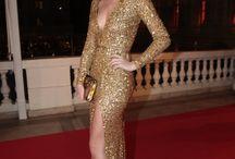 vestido de paete dourado