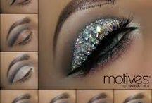 Holiday Bling Lashes / Fun, sparkly eyelashes