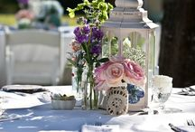 Center yourself with Flowers / Centerpieces and flowers for the wedding! / by Kristen Morello