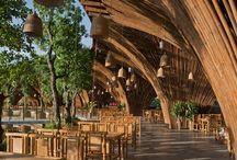 Vietnam resturaunts and bars