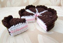 video crochet cake slices