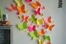 Motýliky na stene