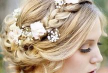 Hair style / Большинство девушек ходит просто с распущенными волосами. Здесь находятся идеи, чтобы стать чуточку оригинальнее.