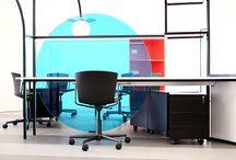 """Diseño nuevas oficinas para Novatec Group / Proyecto Tiovivo Creativo. Diseño y arquitectura interior de las nueva zona de oficinas de la empresa de automoción Novatec Group. Un espacio de trabajo donde nos hemos basado en los conceptos de eficiencia, precisión y ensamblaje de piezas como ocurre en su cadena de montaje.  Transmitimos un espacio """"Inside the Machine"""" donde cada área de trabajo está delimitada pero a la vez conectada con el resto de puestos de trabajo a partir d euna estructura metálica."""