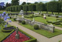 Schlossgärten, castles and gardens / Schlossgärten, Springbrunnen, Schlossteiche