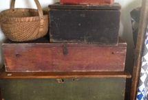 Einfache Interieurs / Koffer + Kiste!