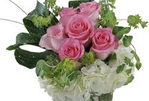 Back to School Flowers and Gifts / Ring in the new school year by decorating your dorm room, classroom, or home with an elegant floral arrangement from Trias Flowers! These back to school flowers make perfect gifts for teachers both new and old, as well as for college students heading off to the next grand adventure! http://www.triasflowers.com/occasions/back-to-school-flowers/