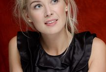ACTRESS - ROSAMUND PIKE
