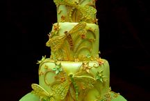 Amazing Cakes / by Nancy Spadolini Hawkins