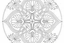 omalovánky: mandaly a kruhové tvary