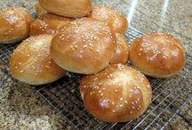 Rolls/buns