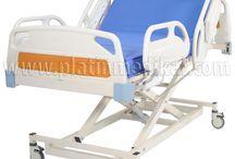 3 Motorlu Hasta Karyolası / 3 Motorlu Hasta Karyolası: Hasta yatakları modellerinde asansörlü hasta karyolası modeli diyede geçer. Asansörden kasıt hasta yatağının aynı zamanda alçalıp yüksele bilmesidir.