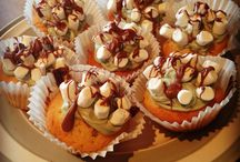 My Baking Creations / These are some of my baking creations I make at home, they are all homemade and made with the proper health and safety procedures, I love baking it has been a hobby of mine since I was a kid, I hope you enjoy my cupcakes and other goodies.