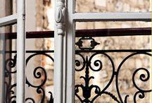 Grilles et balcons