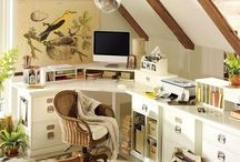 OFFICE ORGANZIERS / Love a well-organized space. Very Martha Stewarty.