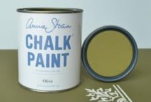 Olive / The most charismatic green's of Annie Sloan's Chalk Paint Collection. Take a look and let this colour feed your creative mind.