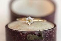 Look at my ring my ring my ring
