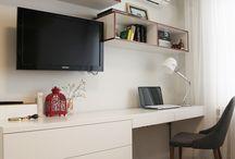 Chillruimte bureau en tv