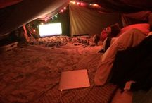 blanket fort party