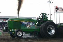 Trucknn Tractor Pulls / by ryan klabunde