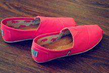 Shoes. <3 / by Summer Lynn