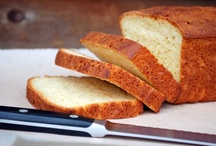 Gluten Free Bread Recipes / Tons of gluten free bread recipes, need I say more?  How about easy gluten free bread recipes, quick gluten free bread, simple gluten free bread, or gluten free sandwich bread?