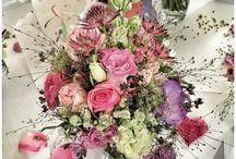Hochzeitsdeko / Ob klassisch und schlicht oder farbenfroh und auffällig: bei diesen wunderschönen Hochzeitsdeko-Inspirationen ist sicherlich für jeden etwas dabei