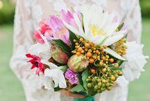 ❦ Mariage : bouquet de la Mariée ❦ / Pour que ce jour soit le plus beau de notre vie ! Voici une sélection des plus beaux bouquets de Mariée. De bonnes idées en perspective pour votre jour J ! / by Nathalie DAOUT - Formatrice
