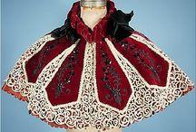 Костюм в деталях / Различные исторические костюмы в деталях: отделка, швы и прочие незаметные детали.