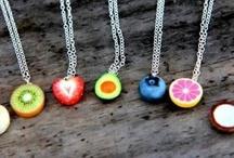 gyümölcs nyakláncok