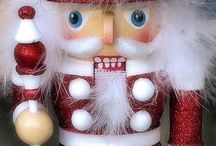Nutcrackers / Nutcrackers in all colours and styles.