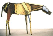 Horse sculpture / by Izcreative Point