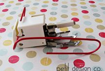 Presser Feet / Collection of types of presser feet available for your sewing machine and how to use them.