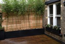 Cool ideas / Roof garden designs and planting for balconies and terraces with a focus on Urban design.