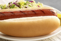 Burgers & Hot Dogs / The quintessential American food and a great, simple way to get people together. Everything from the must have sides, to creative condiments.