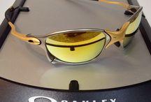 Sunglasses / Leszek Mariański