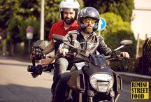 Dietro le quinte d'autore: Oscar Farinetti / Con Rimini Street Food si torna in sella alla moto per il backstage con un ospite d'autore come Oscar Farinetti, fondatore di Eataly www.riministreetfood.com
