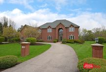 37 Copperfield Dr, Hawthorn Woods, IL 60047
