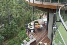 Terrassen und Häuser