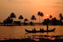 Refreshing Kerala Holiday Packages / Kerala is a very suitable and perfect destination for holiday tours and a journey to this refreshing and cool land of Backwaters makes Kerala Tour or the concept of Kerala Tourism entirely different from other tour experiences.