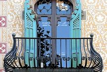 Balcons et bow windows