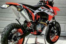 Moto supermot