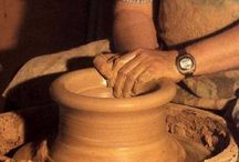 Poterie et céramique  / Parce que depuis 2010 , je pratique la poterie au conservatoire des arts et que j'adore ça .  / by Poupy